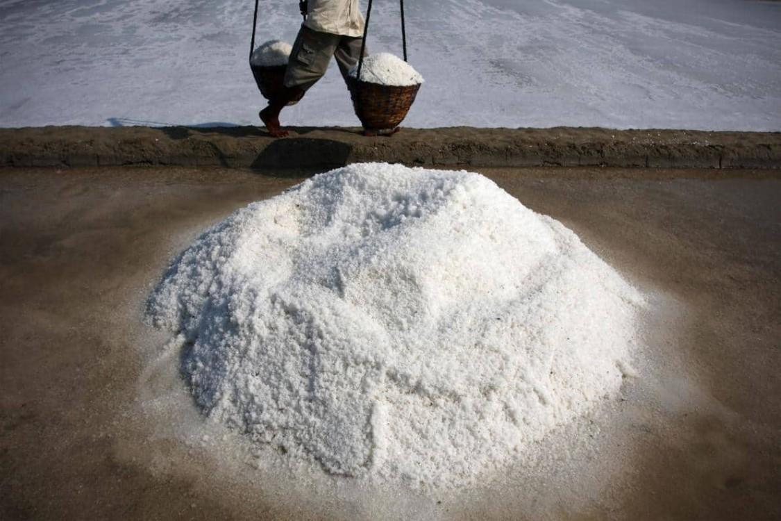 Microplásticos encontrados em 90 por cento do sal de cozinha